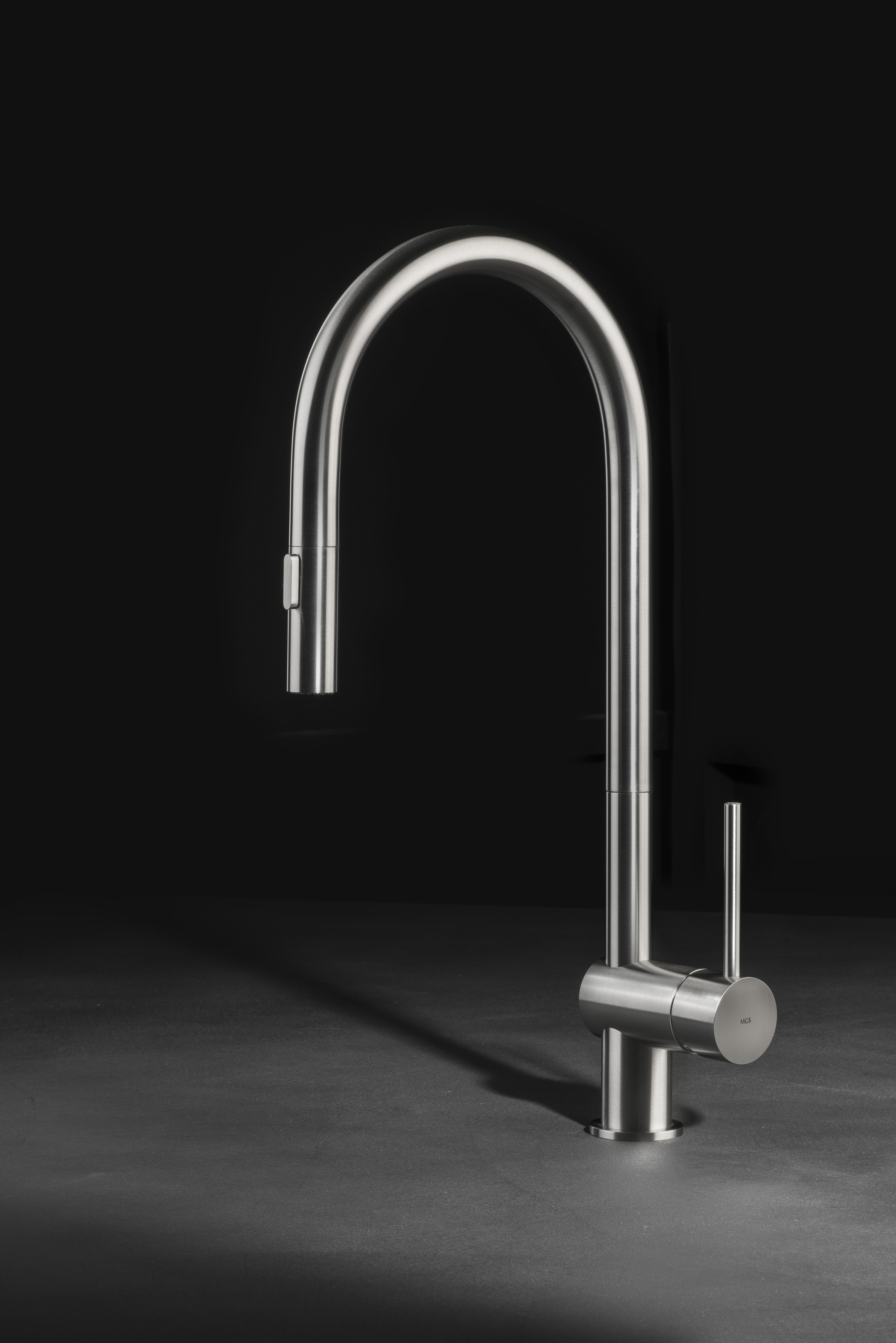 Vela PS - stainless steel kitchen faucet